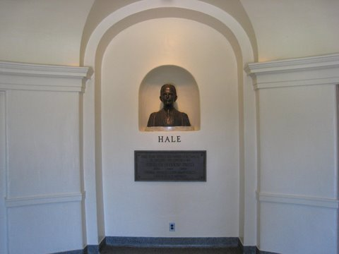 All Hail Hale!     Photo by mjb2009